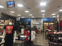 footaction 57135 shoe stores 3680 s maryland pkwy eastside