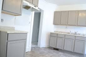 what type of behr paint for kitchen cabinets painting kitchen cabinets and walls in the rental
