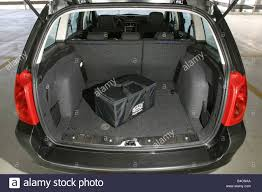 peugeot 307 car peugeot 307 sw hatchback lower middle sized class model