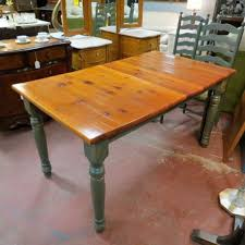 Chairs Hardwood Panels Combined Farmhouse Kitchen Natural Finish - Small pine kitchen table