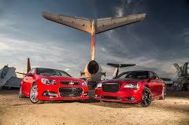 2014 chevrolet ss vs chrysler 300 srt comparison motor trend