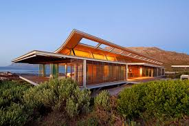 modern beach house that create an extraordinary living experience