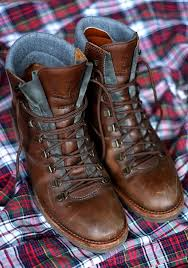womens leather hiking boots canada adidas wearing best buy best brand decade top winter shoes