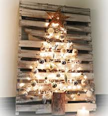 Outdoor Christmas Decorations Made Of Wood by 25 Ideas Of How To Make A Wood Pallet Christmas Tree