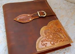leather anniversary gifts for him ideas to give gifts him on third anniversary how to do everything
