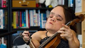 gaelynn lea tiny desk concert npr
