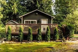 8 cozy country cottages for sale under 200 000 trulia u0027s blog