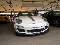 porsche front view file white gt3 rs 4 0 front view fos 2011 jpg wikimedia commons