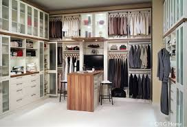 6 tips for a columbus or cleveland custom walk in closet island