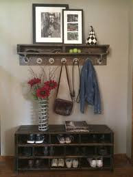 Diy Reclaimed Wood Storage Bench by Best 25 Wood Storage Bench Ideas On Pinterest Outdoor Storage