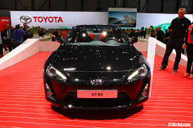 subaru brz vs scion frs vs toyota gt86 2012 geneva toyota gt86 in black blue white orange official