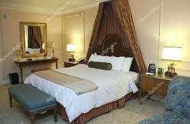 chambre lit baldaquin lit baldaquin design lit baldaquin king size chambre avec lit king