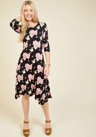 downeast dresses downeast basics i beg your garden floral dress in black multi