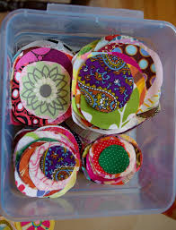 10 easy holiday crafts using fabric scraps noelle o designs