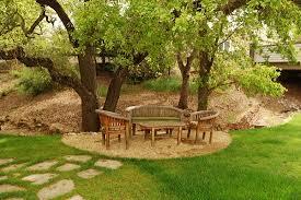 Landscaping Ideas Around Trees 16 Landscaping Ideas Around Trees Zacs Garden