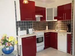 cuisine avec gaziniere cuisine integree frigo congelateur gaziniere avec four lave