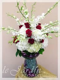 signature flower arangements by flower synergy palm beach gardens