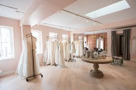 wedding boutiques 8 best wedding dress shopping tips guide for wedding dress