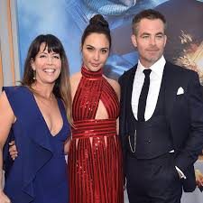 these wonder woman bloopers featuring gal gadot and chris pine