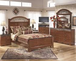 Ashley Furniture Fairbrooks Estate Poster Bedroom Set Best - Ashley furniture bedroom sets with prices