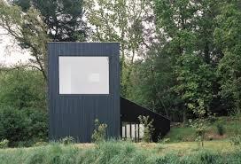 architektur ferienhaus schlafkabinen am waldrand ferienhaus in der bretagne bretagne