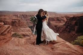 intimate horseshoe bend elopement india jay elopements