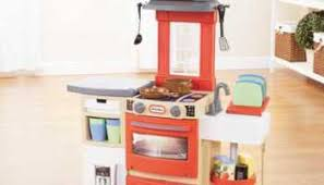 Little Tikes Childrens Kitchen by Check Out The Newest Little Tikes Toys Shop With Me Mama