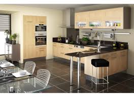 modele de cuisine avec ilot modele de cuisine en bois trendy modele de cuisine bois plan