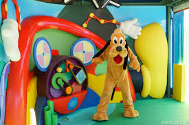 photos pluto appearing disney junior meet greet