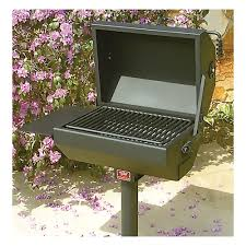 pilot rock steel covered bbq grill with smoker u2014 19in x 22in