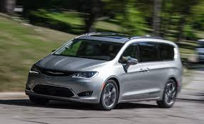 chrysler minivan 2017 chrysler pacifica test u2013 review u2013 car and driver