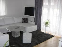 Wohnzimmer Mit Nische Einrichten Wandfarbe Mintgrün Verleiht Ihrem Wohnraum Einen Magischen Flair