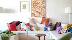 coussin décoratif pour canapé coussin deco canape pour acgayer de couleurs un canapac blanc et un