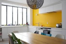 peinture cuisine jaune peinture mur cuisine credence marron chaios com