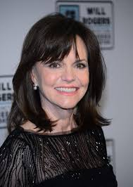 sally field hairstyles over 60 125 best sally field images on pinterest sally fields
