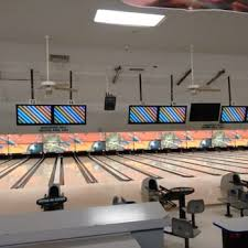 round table stockton pacific pacific avenue bowl 34 photos 48 reviews bowling 5939