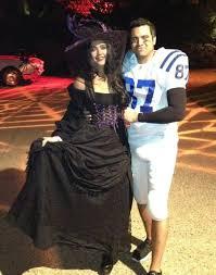 glinda good witch costume jessica alba heidi klum u0026 more celebrities in witch costumes photos