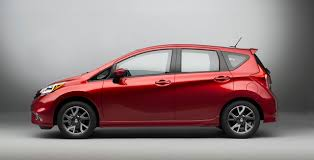 compact nissan versa 2014 chicago the 2015 nissan versa note sr gives some sportiness
