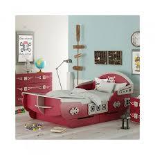 deco pirate chambre décorer la chambre d un garçon sur le thème des linge de