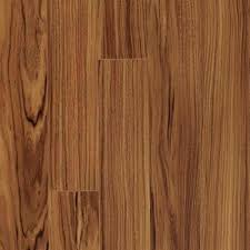 pergo xp golden tigerwood laminate flooring 5 in x 7 in take