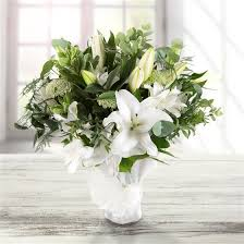 white lillies white lilies send flowers uk same day delivery order by 11am flori