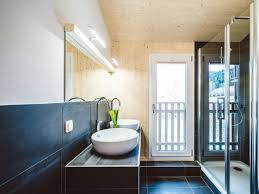 badezimmer mit sauna und whirlpool uncategorized geräumiges badezimmer mit whirlpool mit badezimmer