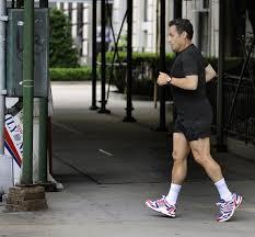 Le CV de Sarkozy, inattendu candidat à la présidentielle - Page 2 Images?q=tbn:ANd9GcToenQebKriyBGADUy2d8m_SZZSWgwRpK-nn8gjkqW0TyoStYPP