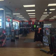 Modells Modell U0027s Sporting Goods 12 Reviews Sporting Goods 3500 48th
