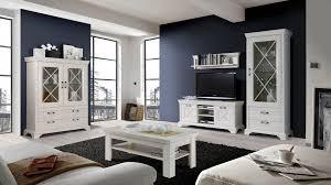 wohnzimmer landhausstil gestalten wei wohnzimmer landhausstil gestalten home design