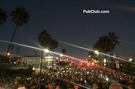 manhattan beach pier lighting 2017 nearly a thousand turn out to manhattan beach vigil for las vegas