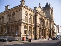 file cheltenham art gallery u0026 museum jpg wikimedia commons