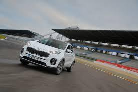 nissan qashqai or kia sportage new kia sportage 2016 review auto express