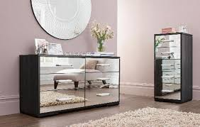 Mirrored Bedroom Sets Mirrored Furniture Bedroom Round Shape Mirrored Table White Wall