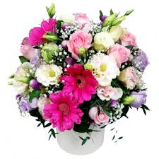 flower delivery ta ta 150 blossoming flower delivery singapore